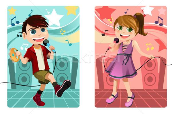 çocuklar şarkı söyleme karaoke kız erkek genç Stok fotoğraf © artisticco