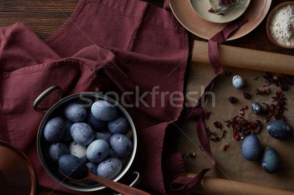 Сток-фото: Пасху · окрашенный · яйца · медь · чаши · кухонные · принадлежности
