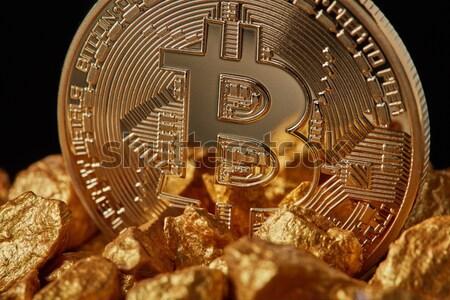 Bitcoin złota moneta zarówno puszka używany wideo Zdjęcia stock © artjazz