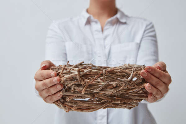 девушки пусто гнезда белый рубашку Сток-фото © artjazz