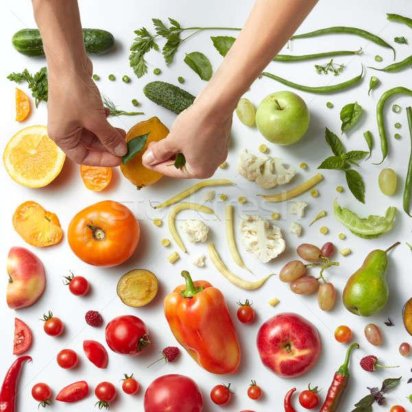 ストックフォト: 健康的な食事 · 手 · 異なる · 果物 · 野菜 · 白