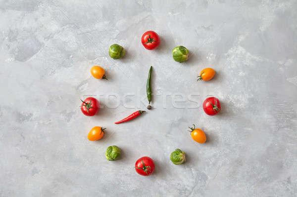 Hortalizas tomates Bruselas gris concretas alimentación saludable Foto stock © artjazz