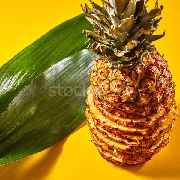 Ananas groen blad oranje rijp Stockfoto © artjazz