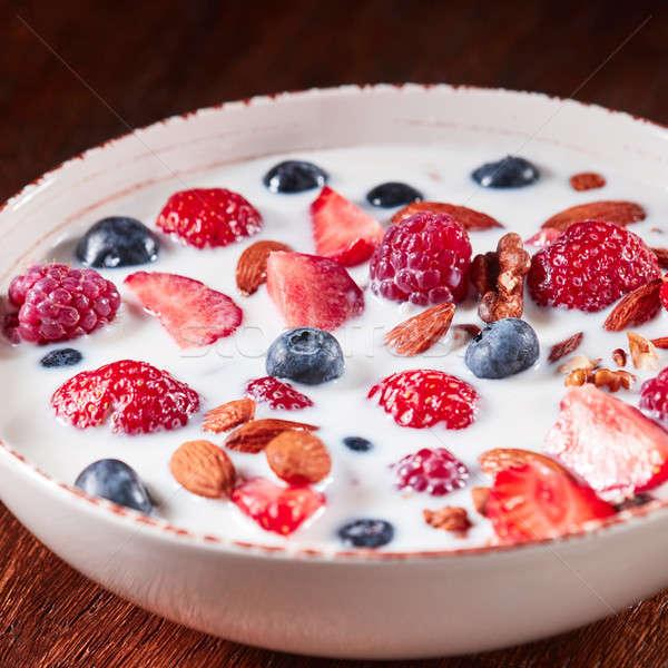 Stockfoto: Eigengemaakt · natuurlijke · ontbijt · aardbeien · amandelen
