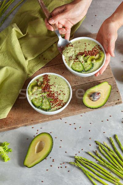 完全菜食主義者の デザート アスパラガス キュウリ アボカド 女性 ストックフォト © artjazz
