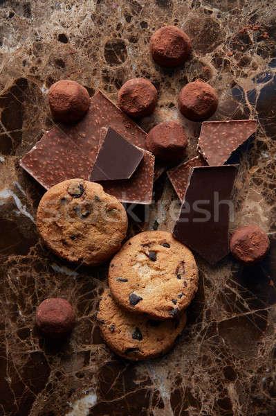 Cioccolato chip cookies diverso polvere buio Foto d'archivio © artjazz