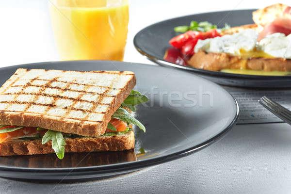 Grelhado blt bacon alface tomates sanduíches Foto stock © artjazz