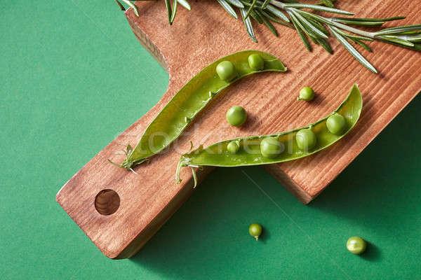 Természetes friss zöldségek hüvely zöld zöldborsó rozmaring Stock fotó © artjazz