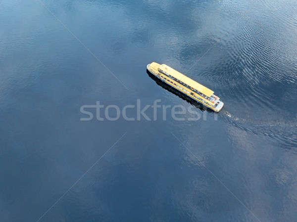 先頭 表示 クルーズ船 青 海 川 ストックフォト © artjazz
