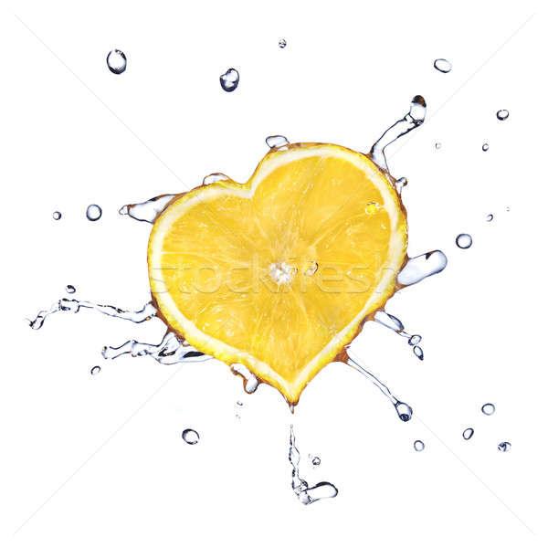 Foto d'archivio: Cuore · limone · acqua · isolato · bianco · alimentare