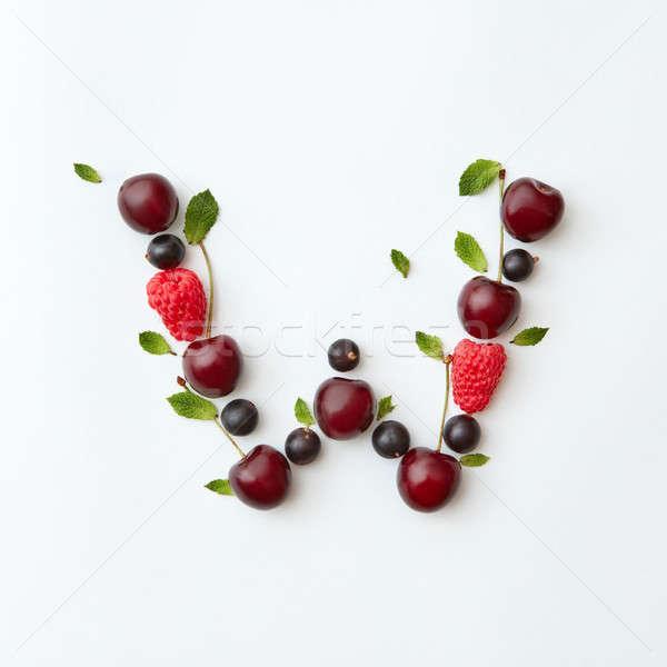 Nyár bogyók minta w betű angol ábécé Stock fotó © artjazz