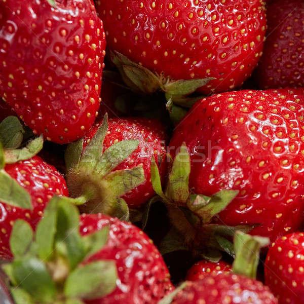 Zdjęcia stock: Kolorowy · czerwony · dojrzały · truskawek · naturalnych