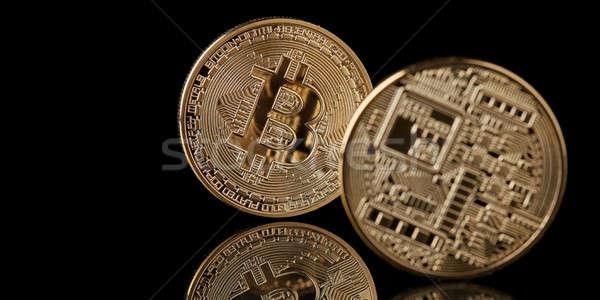 Bitcoin gouden munt geïsoleerd zwarte beide nieuwe Stockfoto © artjazz