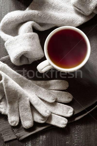 Xícara de café feito à mão tricotado coisas café preto copo Foto stock © artjazz