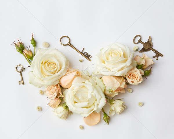 Red roses kluczowych vintage klucze beżowy róż Zdjęcia stock © artjazz