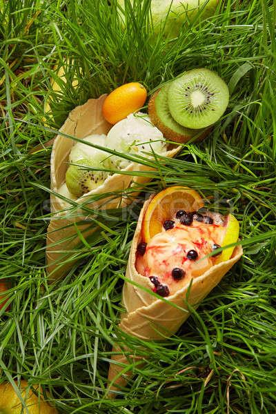 Berry lody wafel stożek kolorowy różny Zdjęcia stock © artjazz