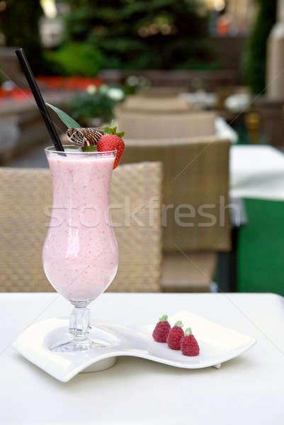 Truskawki tabeli streszczenie projektu szkła restauracji Zdjęcia stock © artjazz