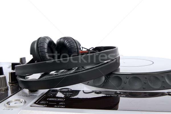 Mixer hoofdtelefoon geïsoleerd witte plaat draaitafel Stockfoto © artjazz