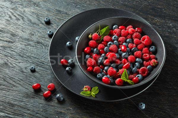 ストックフォト: 新鮮な · 液果類 · 黒 · セラミック · ボウル · 食品