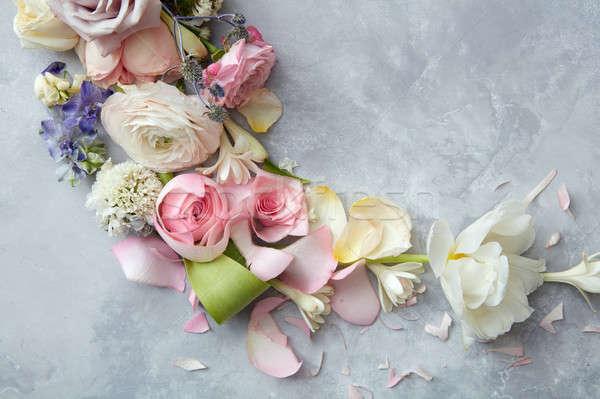 Ramki wielobarwny kwiaty vintage szary konkretnych Zdjęcia stock © artjazz