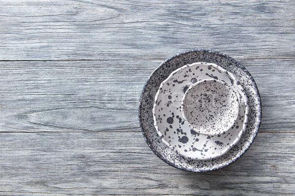 Decorativo cerámica bolos placas cubierto gris Foto stock © artjazz