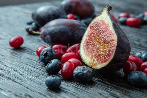 Sani frutti di bosco tavolo in legno natura frutta Foto d'archivio © artjazz