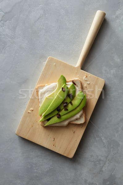 Sanduíche abacate topo ver delicioso conselho Foto stock © artjazz