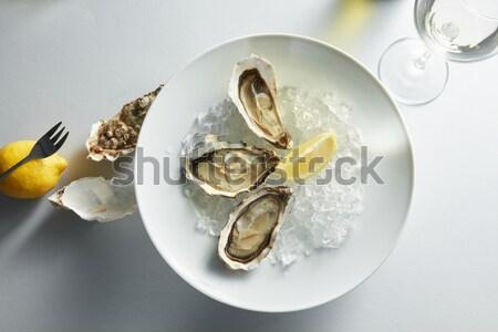 Ruw vers oester schelpdier citroen witte Stockfoto © artjazz