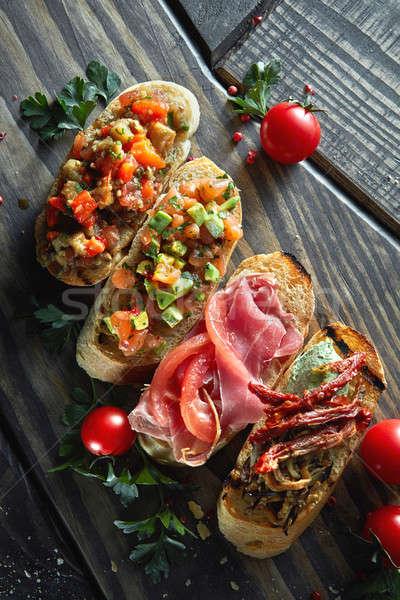 Italiaans voorgerechten bruschetta heerlijk gehakt groenten Stockfoto © artjazz