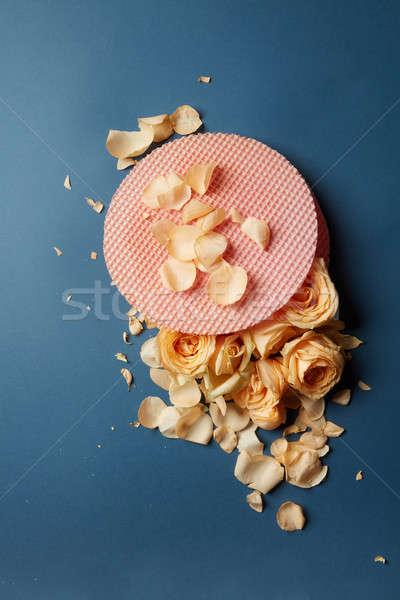 ワッフル ケーキ バラ バラの花びら 暗い 食品 ストックフォト © artjazz