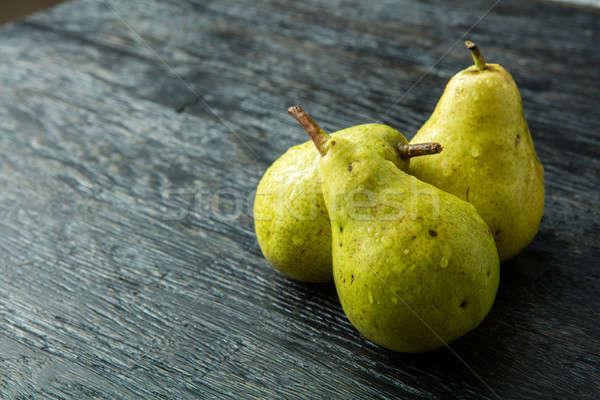 三 綠色 梨子 黑色 食品 性質 商業照片 © artjazz