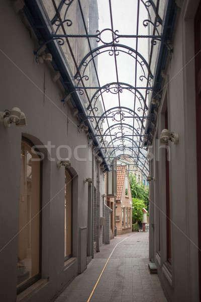 Edad calle casa edificio ciudad verano Foto stock © artjazz