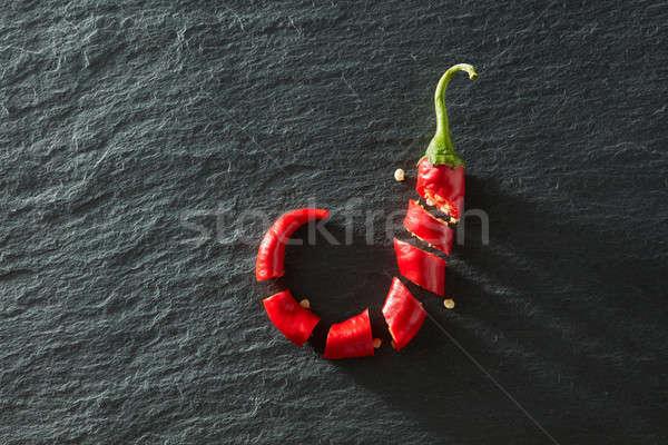 świeże posiekane czerwony chili czarny konkretnych Zdjęcia stock © artjazz