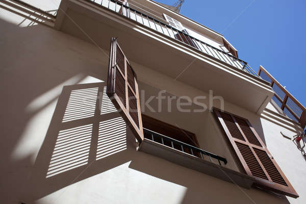Open houten venster hot zomer dag Stockfoto © artjazz