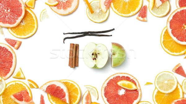 кадр цитрусовые листьев корицей ваниль яблоко Сток-фото © artjazz