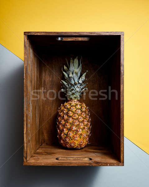 表示 ジューシー パイナップル フルーツ 木製 ストックフォト © artjazz