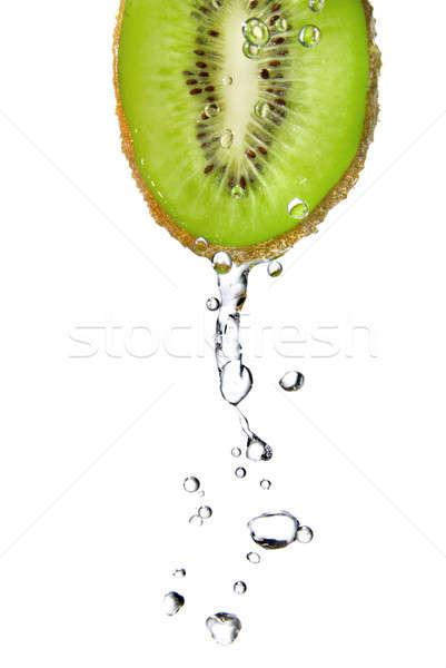 Zoetwater druppels kiwi geïsoleerd witte voedsel Stockfoto © artjazz
