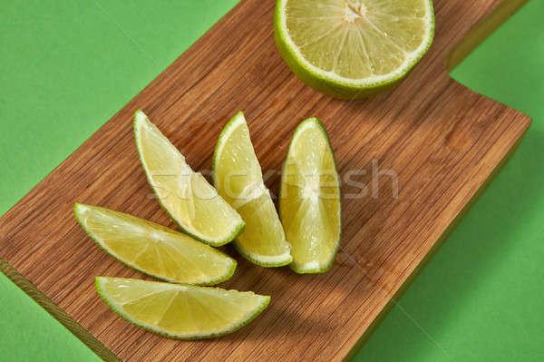 Doğal organik narenciye dilimleri yeşil kireç Stok fotoğraf © artjazz