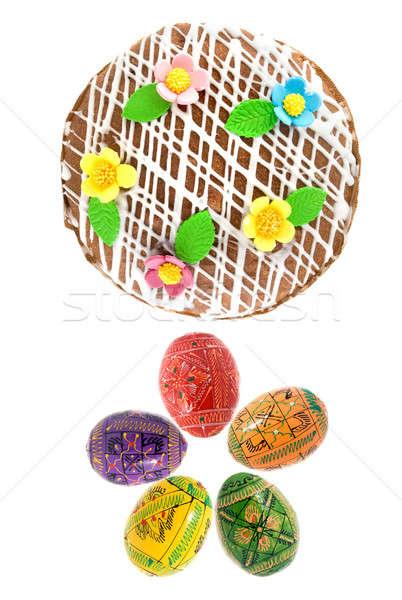 Superior vista huevos de Pascua torta aislado blanco Foto stock © artjazz