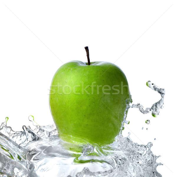 Zoetwater splash groene appel geïsoleerd witte Stockfoto © artjazz