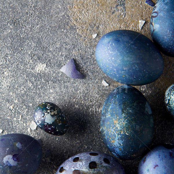 Kék tojások festett tyúk beton sötét Stock fotó © artjazz