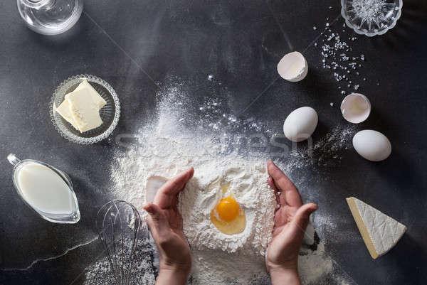 Eller tablo un yumurta üst görmek Stok fotoğraf © artjazz