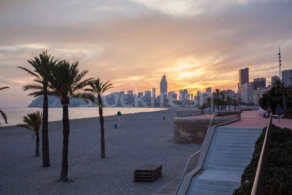 Stock fotó: Kilátás · rakpart · Spanyolország · tengerpart · naplemente · pálmafák