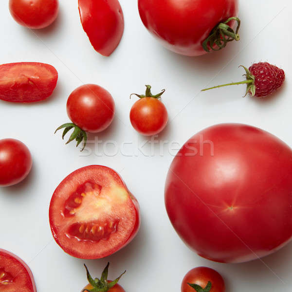 Foto d'archivio: Ingredienti · insalata · peperoncino · pomodoro · rosso · frutti