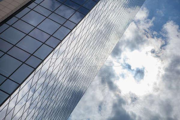 Vetro edificio per uffici nubi Windows moderno business Foto d'archivio © artjazz