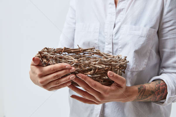 Fille nid mains femme Photo stock © artjazz