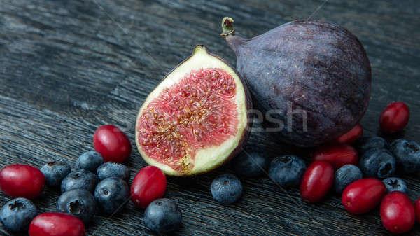 Jagody świeże organiczny jagody czarny Zdjęcia stock © artjazz