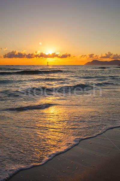 Briljant oceaan strand zonsopgang hemel natuur Stockfoto © artjazz
