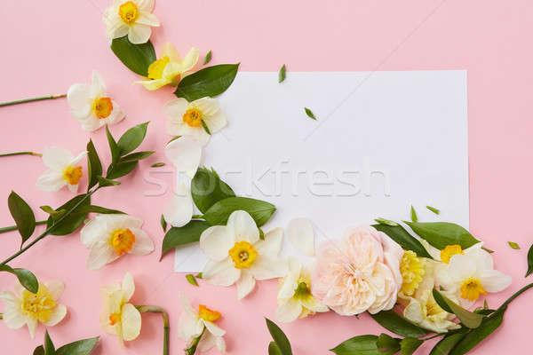 Képeslap díszített virágok levelek rózsaszín háttér Stock fotó © artjazz