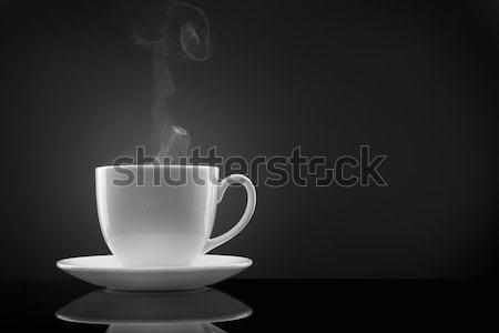 Blanco taza caliente líquido vapor blanco negro Foto stock © artjazz